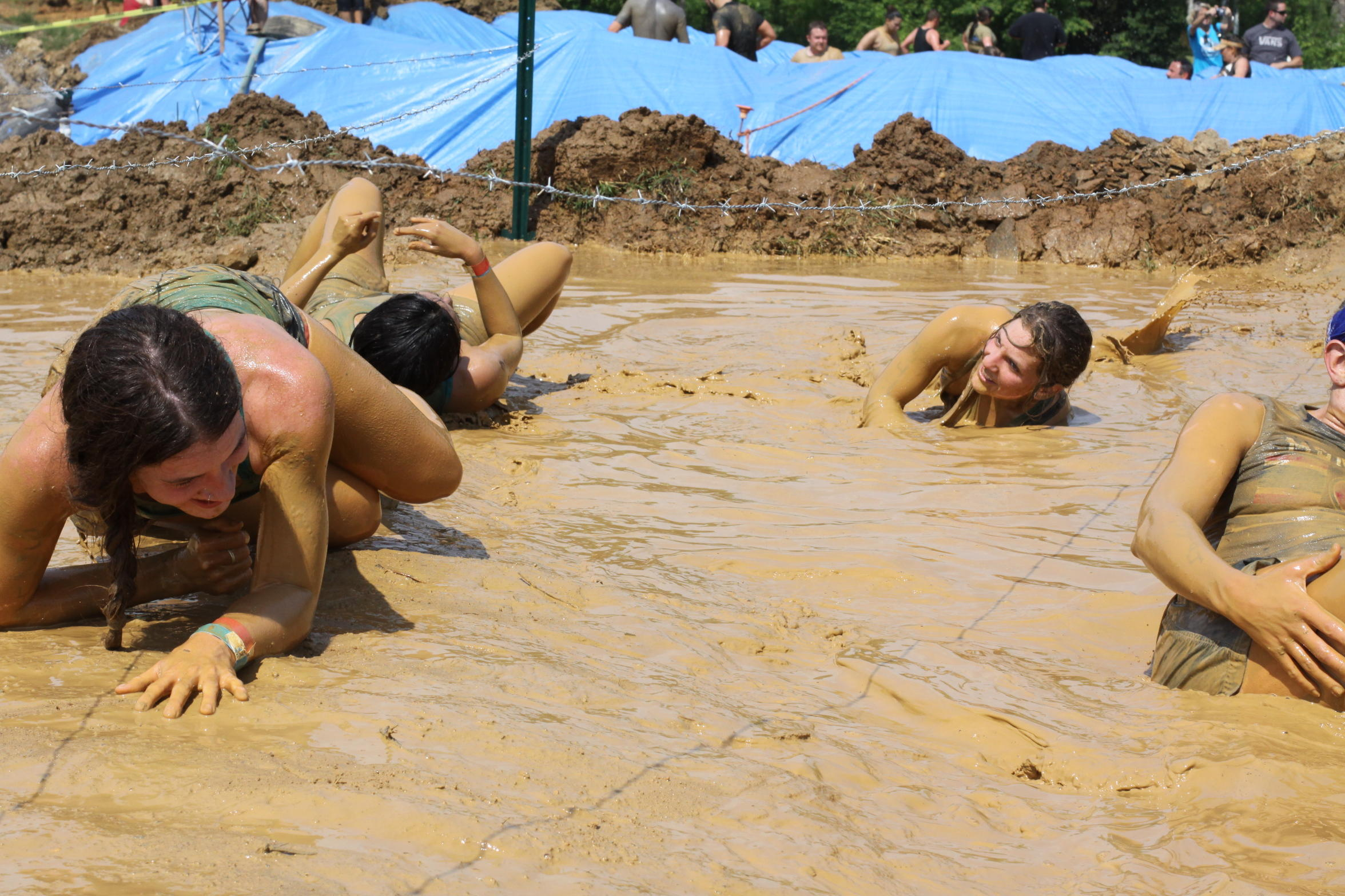 Get Colorful    Or At Least Dirty    At The Rugged Maniac Obstacle Course