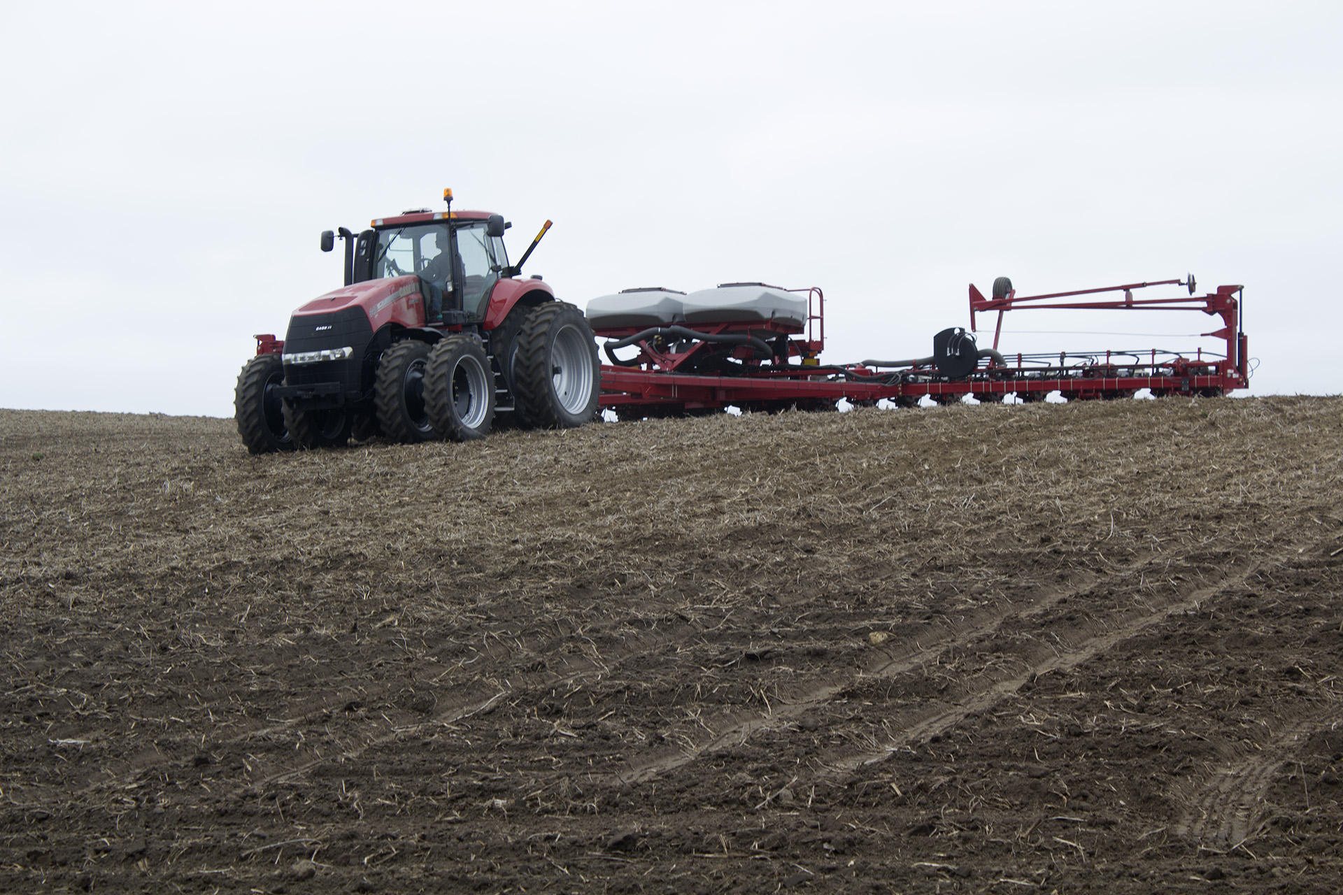farmers  planting season   high stakes bet kcur
