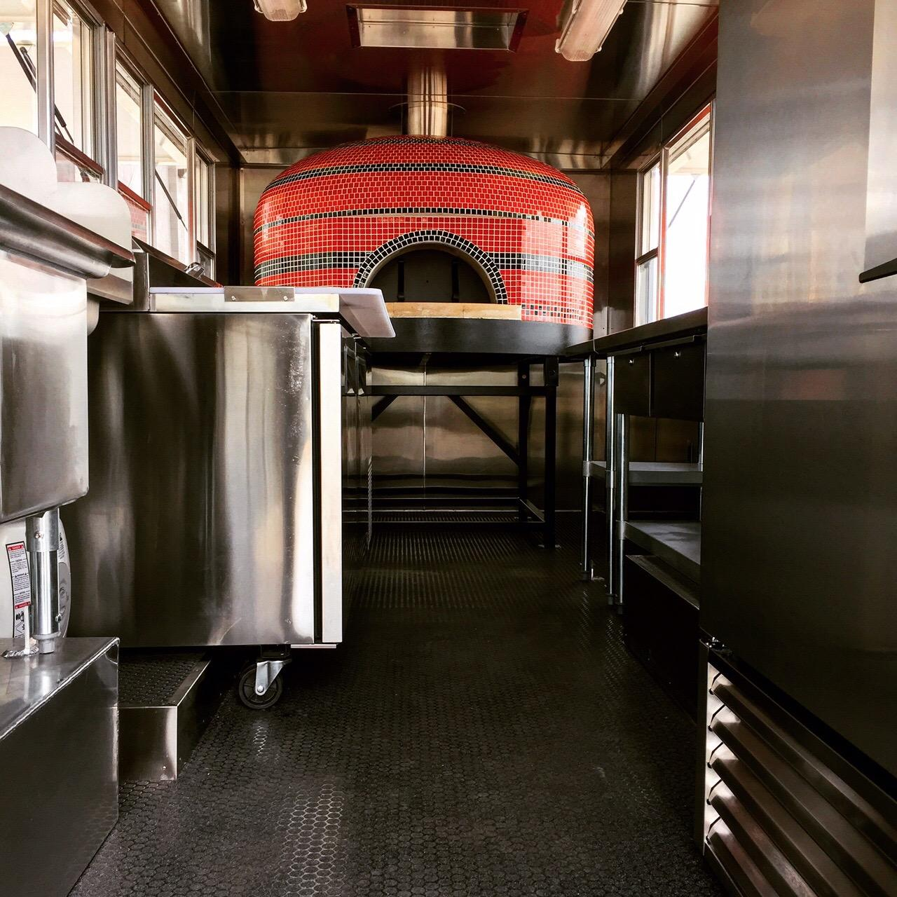 This Food Truck Has A Custom Pizza Oven Inside