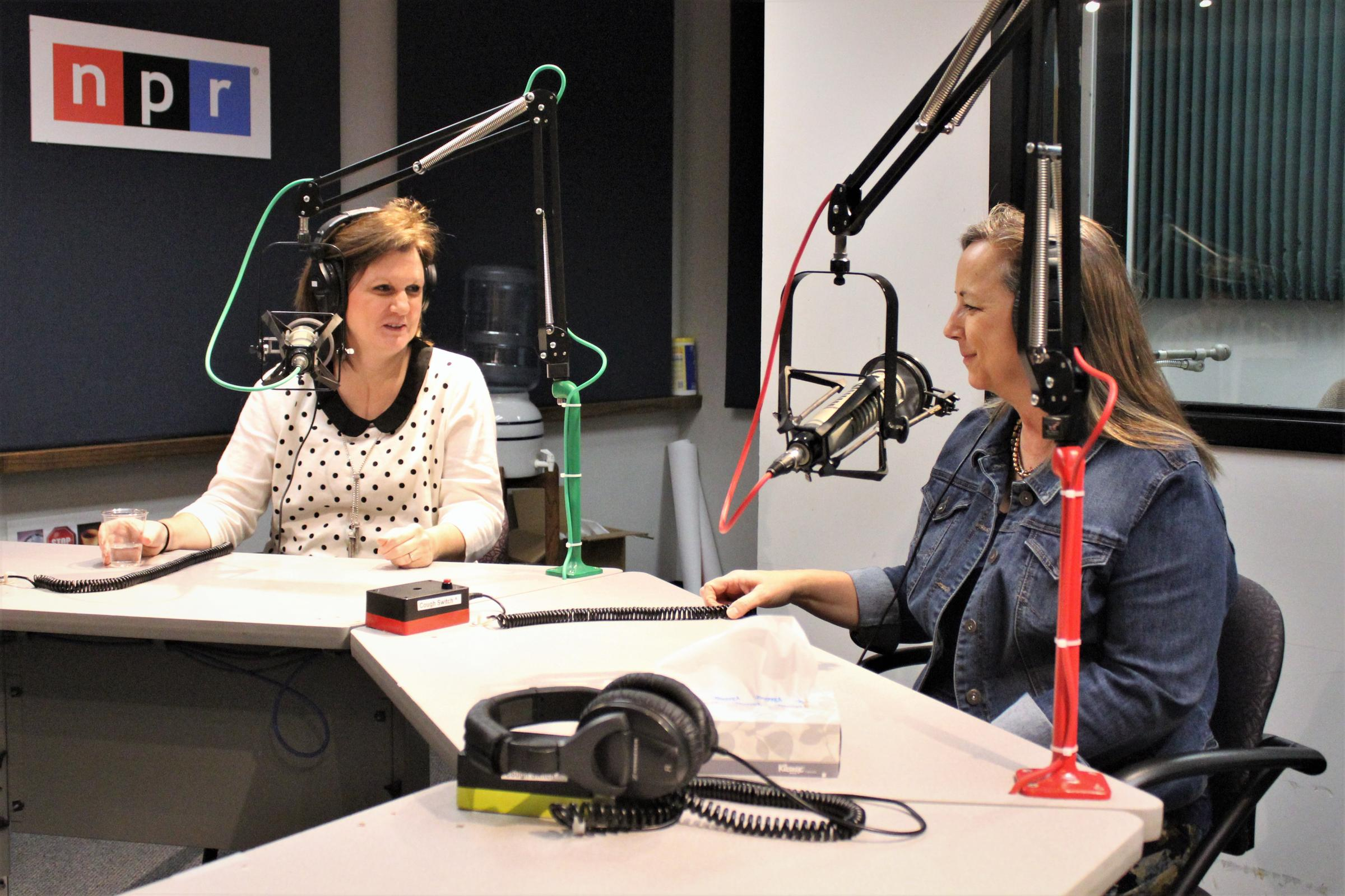 Laura Bauer, left, and Judy Thomas both reported for 'The Kansas City Star'  on the lack of transparency and public disclosure by the state government  of ...