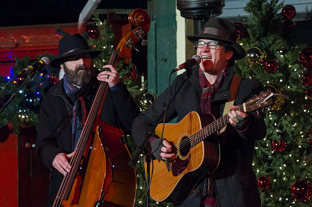 greg herrenbruck left and chad brothers met while they were growing up in winfield kansas - Bluegrass Christmas Music