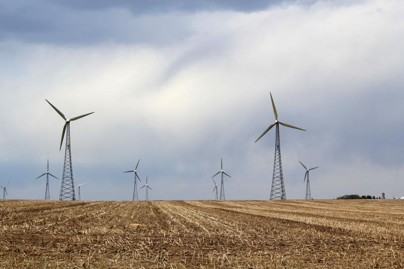 Rural School Districts Shortchanged In Rush To Attract Wind Turbine