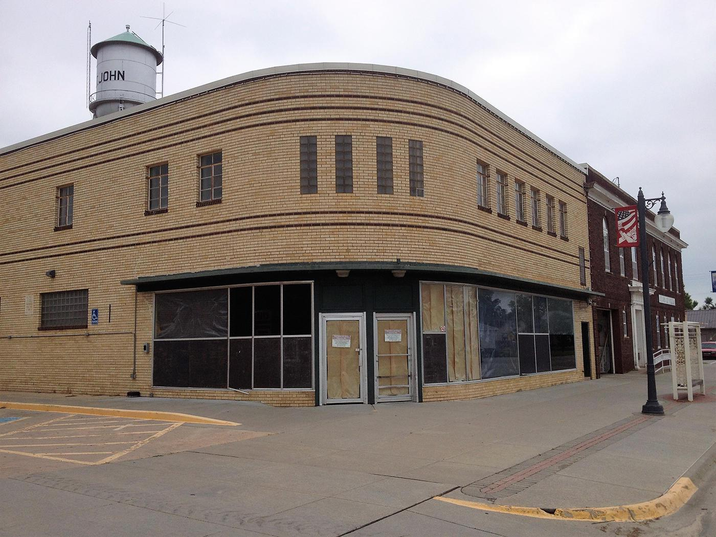 Kansas town tries new blueprint to replace rural grocery store since the dillons grocery store in st john kansas closed last year residents have traveled 12 miles or more for their groceries malvernweather Gallery