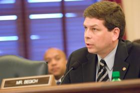 Senator Mark Begich has called on Wal-Mart to accept the ASMI sponsored RFM sustainability program.