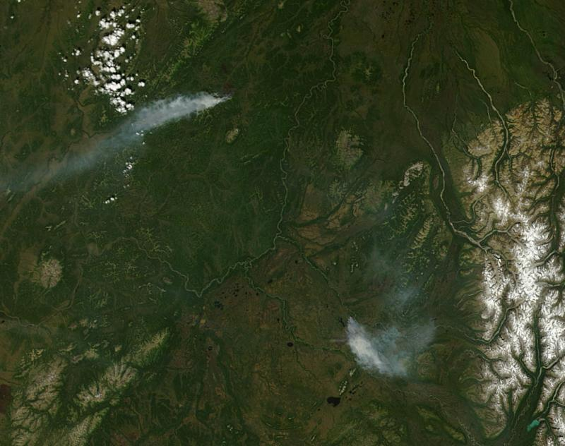 Lime Hills (right) and Moore Creek (left) Fires on June 17, 2013