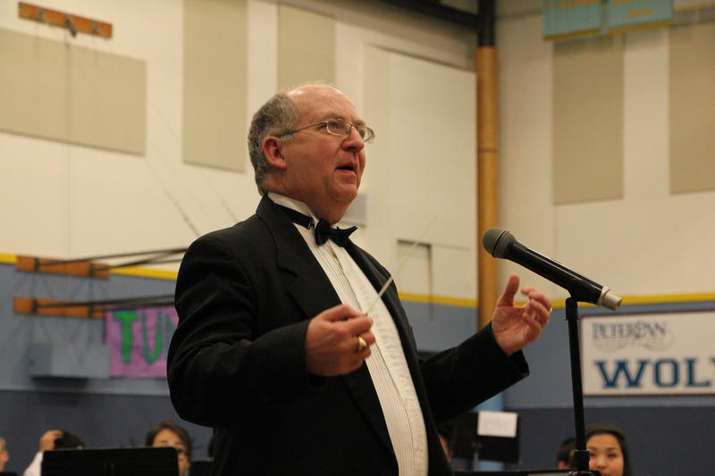 Dave Williamson directed the Honor Band and Massed Band.