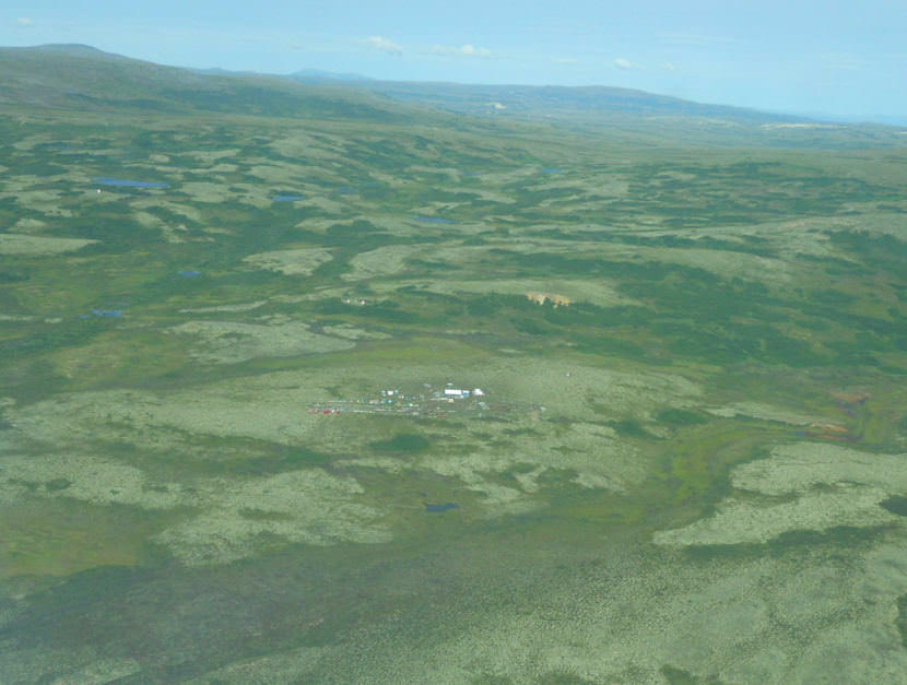 US EPA keeps in place restrictions on Alaska mine project