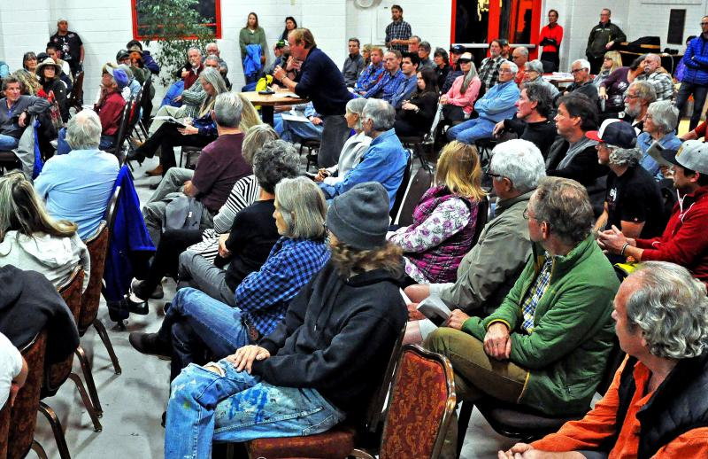 Andy Wiessner weighs in on the proposed Crystal Valley Trail at a public forum at the Third Street Center on October 17, 2017.
