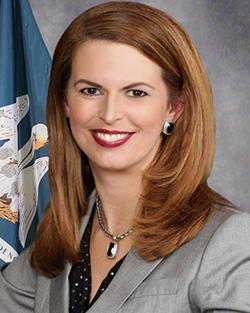 Julie Stokes