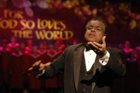Anton Armstrong, artistic director of St. Olaf College Christmas Festival.