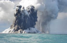 Eruption of the underwater volcano Hunga-Tonga – Hunga Ha'apai, in the Tonga archipelago.