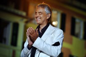 International superstar Andrea Bocelli delightS fans with a new concert of classical favorites, pop standards and Brazilian jazz, filmed in the breathtaking coastal setting of Portofino, Italy.