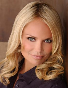 Emmy- and Tony-winning actress and singer Kristin Chenoweth presents a special concert of beloved songs of the Broadway stage.