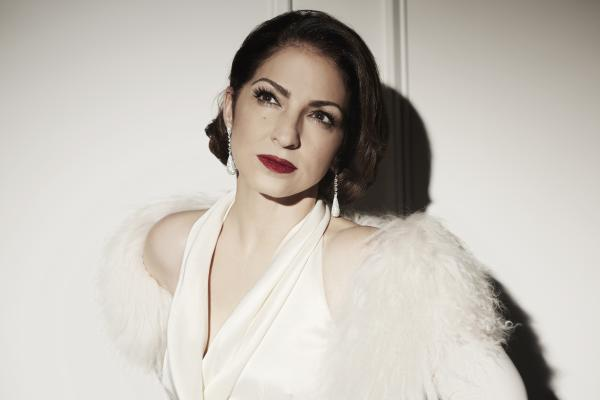 Seven-time Grammy Award-winning international superstar Gloria Estefan performs some of her favorite classic songs in this concert based on her new album, The Standards.