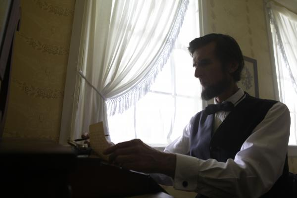 Lincoln writing the Gettysburg address at David Wills house.