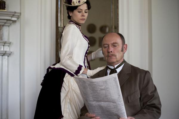 Shown from left to right: Elaine Cassidy as Katherine and Patrick Malahide as Lord Glendenning