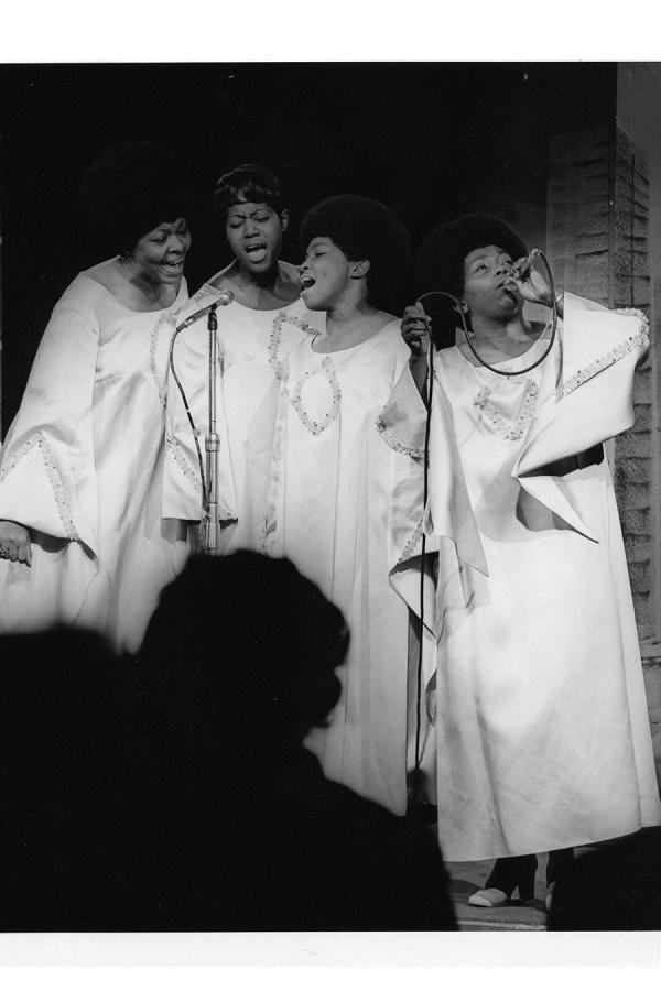 Dorothy Norwood and The Dorothy Norwood Singers perform in GOSPEL'S JUBILEE SHOWCASE.