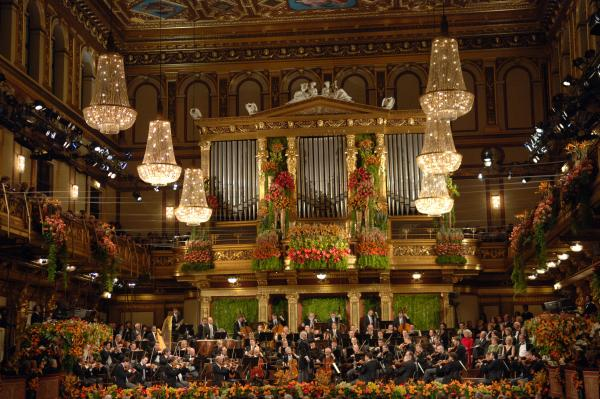 Daniel Barenboim directs Vienna Philharmonic in the festive annual New Year's celebration from Vienna's Musikverein