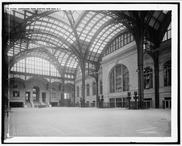 Penn Station, empty concourse, 1905-1915.