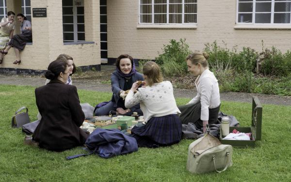Shown from L-R: Julie Graham as Jean, Sophie Rundle as Lucy, Rachael Stirling as Millie, Faye Marsay as Lizzie, Hattie Morahan as Alice.