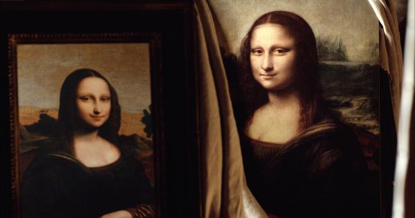 Louvre and Isleworth 'Mona Lisa' (the latter in a mirror)