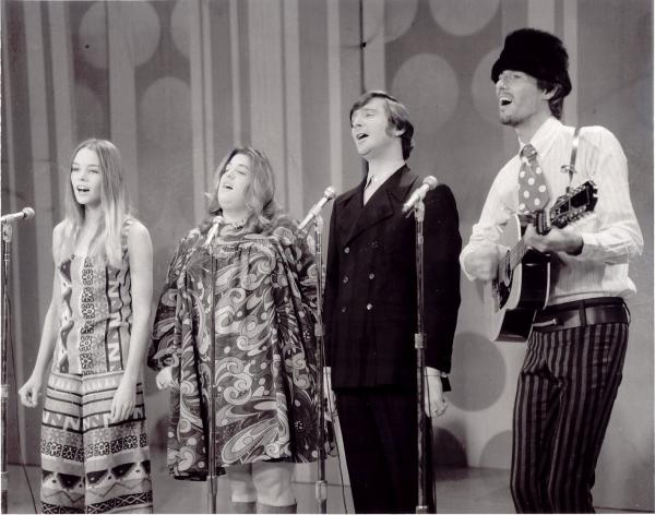 "The Mamas and the Papas brought soaring harmonies to their unforgettable anthem anthem ""California Dreamin'"" and its follow-up, ""Monday, Monday."""