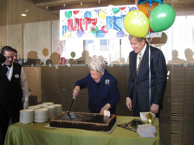 Ebby with Mayor Tom Leppert