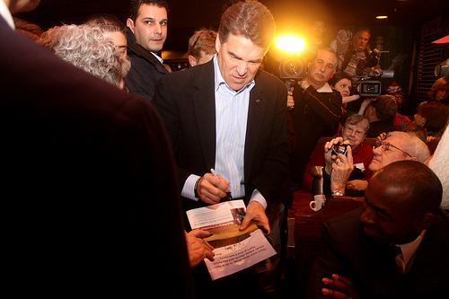 Gov. Perry with supporters in Iowa