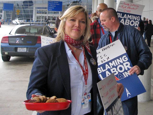 Beth Smajstrla, American Airlines flight attendant