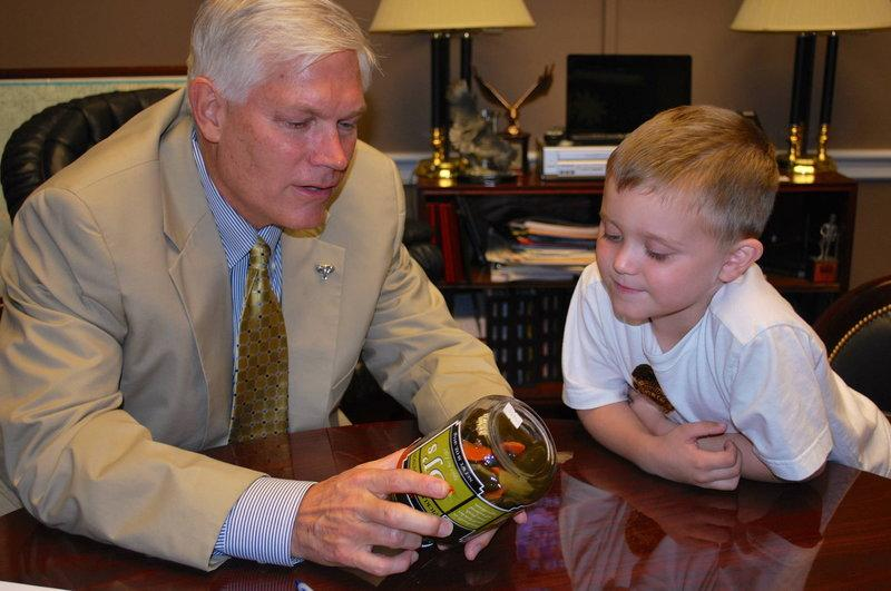 U.S. Rep. Pete Sessions, R-Dallas, meets with leukemia patient Carter Townes of  Clarksville, TX, during Family Advocacy Days in Washington, D.C.