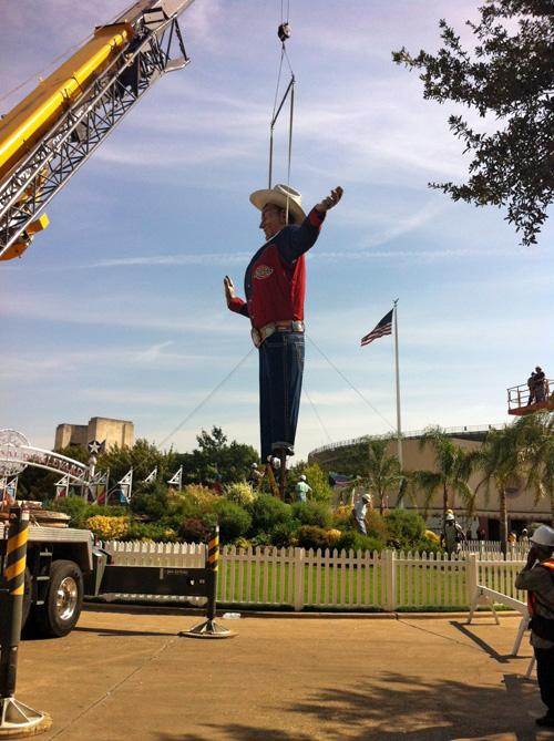 Updated Head 39 S Up Big Tex Reboots For His 60th Birthday