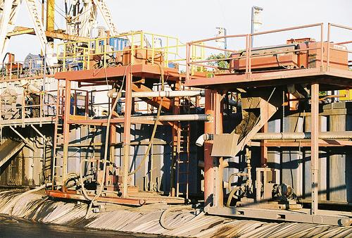 Natural gas drilling rig in the Barnett Shale