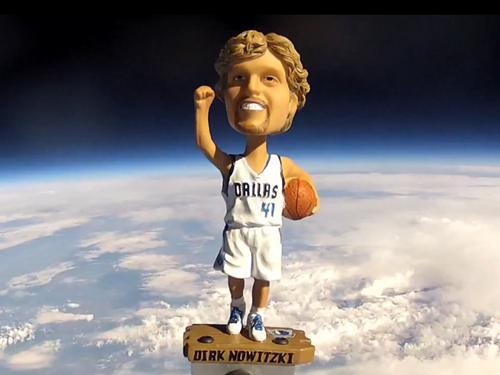 Nowitzki bobblehead meets the stratosphere.