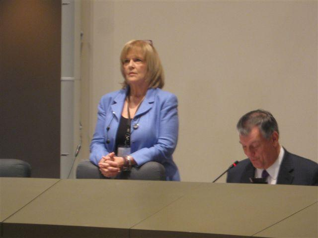 Dallas City Manager Mary Suhm, with Mayor Mike Rawlings, prepares for briefing into her handling of a 2008 gas drilling lease.