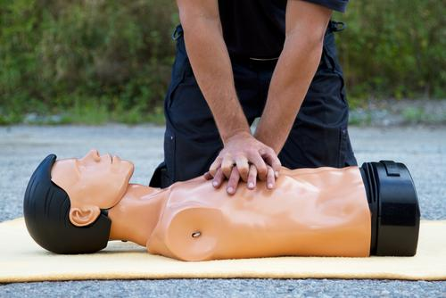 Two Texas Lawmakers proposed a bill requiring high school students to take a 30-minute CPR class.