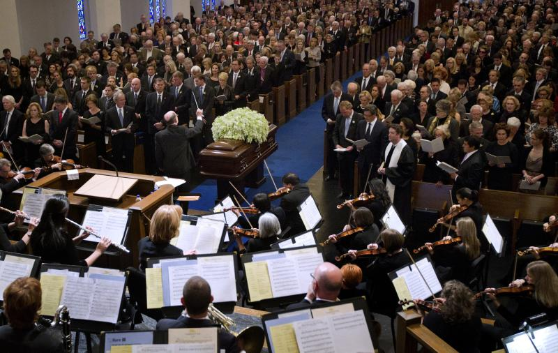 Van Cliburn's flower draped casket at his funeral in Fort Worth's Broadway Baptist Church