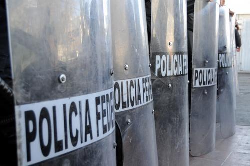Mexican federal police keep order in Ciudad Juarez