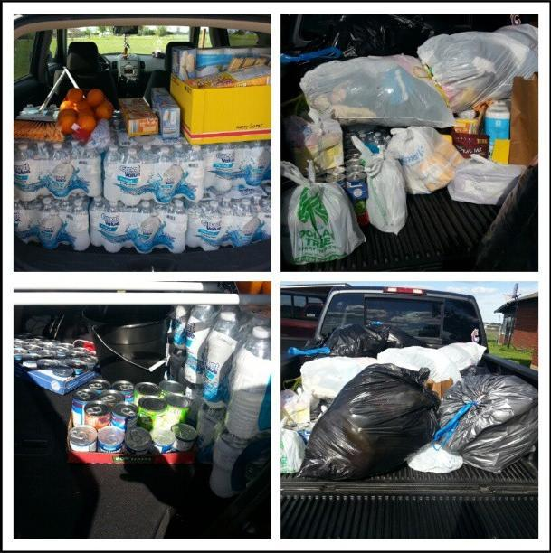 Donations for West, tx we took down last night photo#pic#bestoftheday#photoofday#picofday#depth#instabeautiful#instagram#westtexas#volunteer#help#heartoftexas