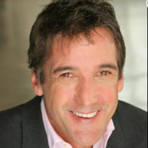 Kidd Kraddick began working at KEGL 97.1 (The Eagle) in Dallas in 1984 before moving to KHKS 106.1 Kiss FM.