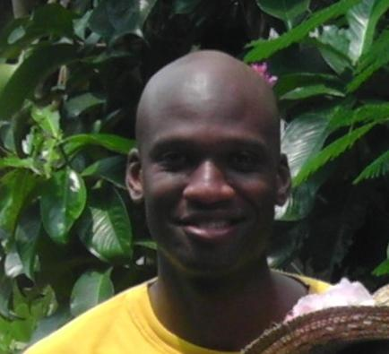 Friends described Aaron Alexis, the suspected Navy Yard shooter, as a nice guy interested in Thai culture.