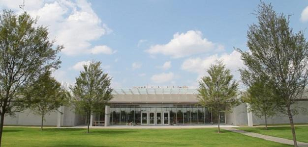 The Piano Pavilion is the addition that Renzo Piano designed for the Kimbell Art Museum.