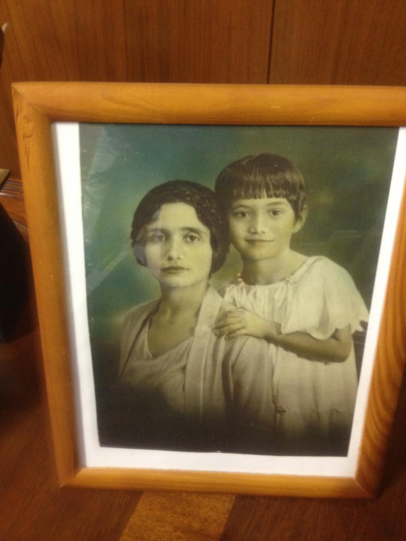 A young Adelfa Callejo with her mother Guadalupe Guerra Botello around 1927 or 1928.