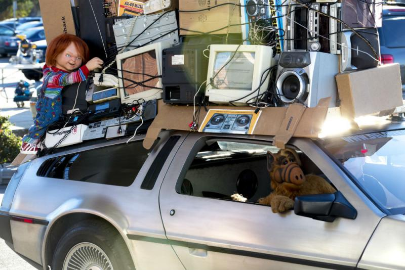 The commercial featured a Delorean -- and ALF.