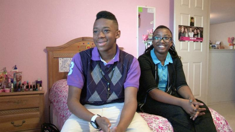 Jaelyn and Schnthia are 13 and 11 years-old and they're are deeply involved in family finances.