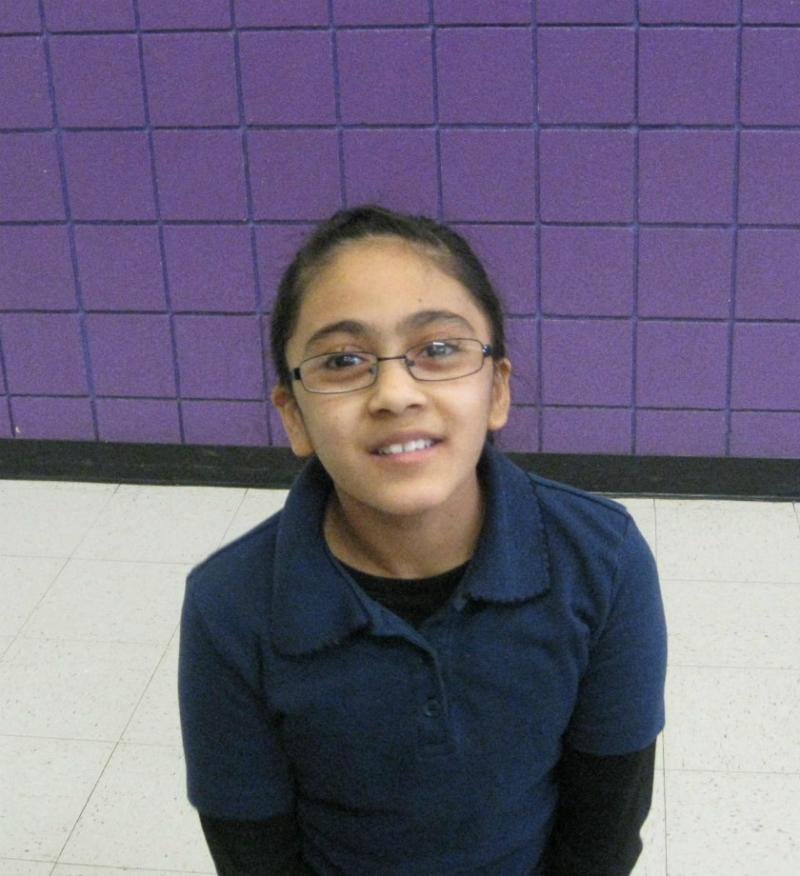"Avigail Gonzalez, who's 9, knows the difference between ""go"" foods and ""slow"" and ""whoa"" foods"
