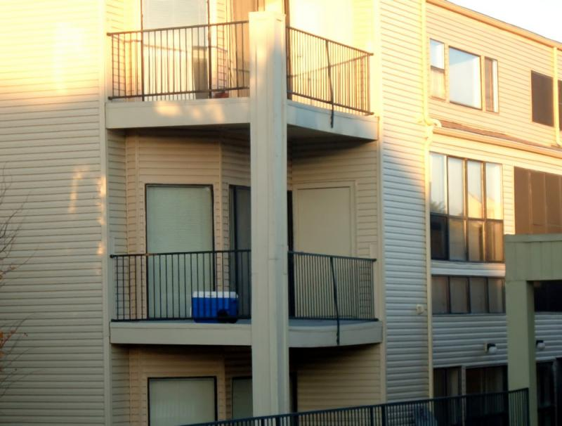 This is an apartment complex in Fort Worth -- workers need to earn more than $17 an hour to afford a two-bedroom apartment in North Texas, according to a new national study.