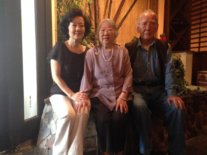 Yu-ying Lee, center, bounced back from a fractured pelvis thanks in part to a supportive family.