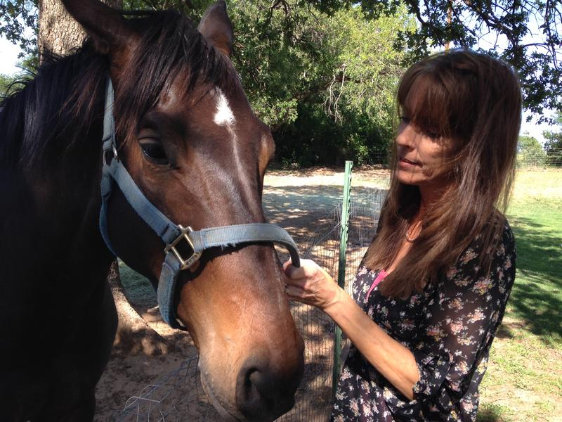 Barbara Brown says her horse runs into his pen when an earthquake strikes in Reno, Texas.