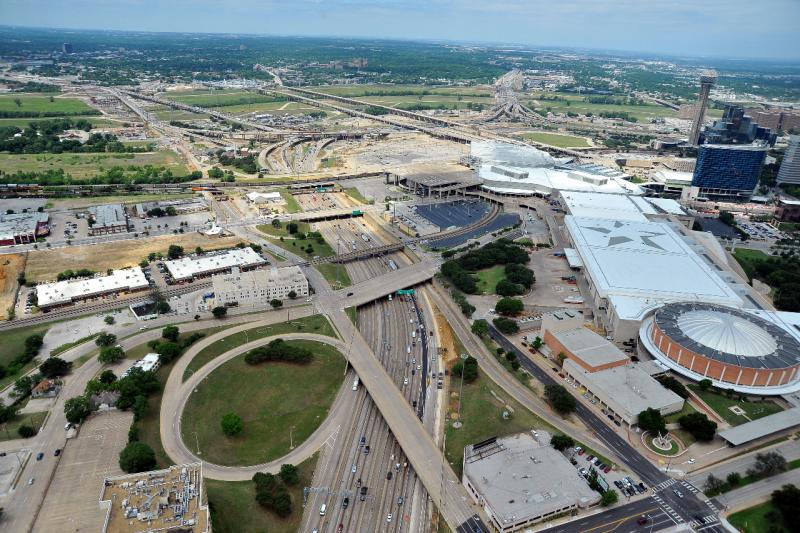 The Horseshoe project will add capacity and improve safety in the Dallas Mixmaster, where I-35 and I-30 cross.