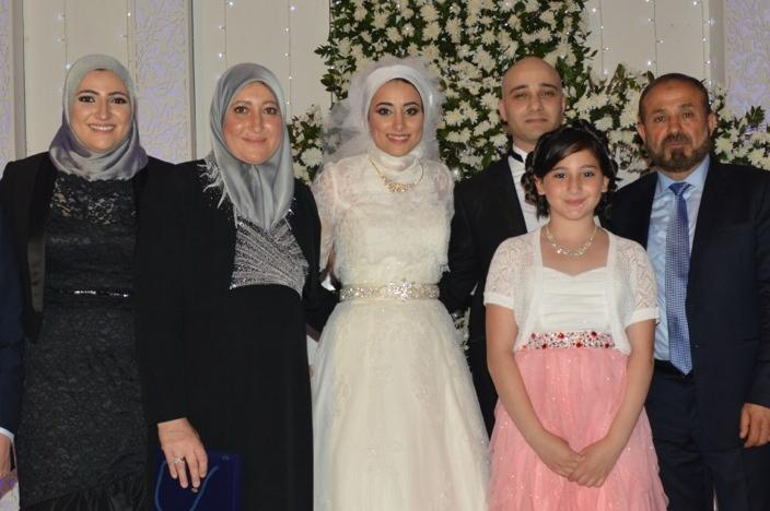 Mariam Muhanna poses with her family in Gaza City. A week later, four relatives were killed.